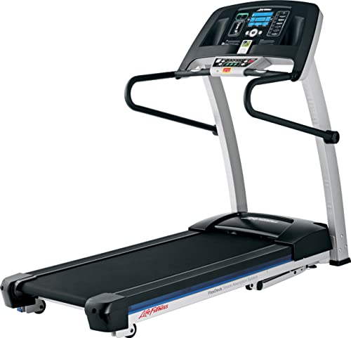 Life Fitness F1 Smart Treadmill features an intelligent control panel/Ph.lifefitness